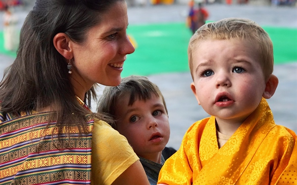 Ms Mieke Copper with her young boys in Bhutan. (Source: Mieke Copper)
