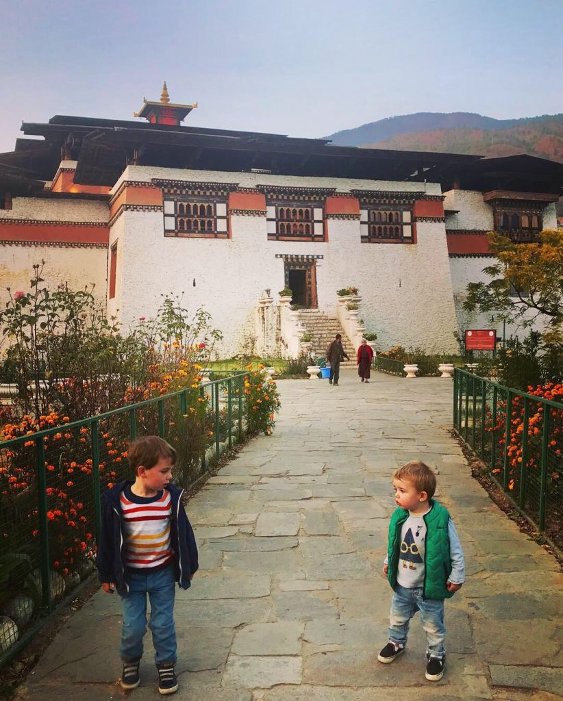 The young boys visiting Semtokha Dzong in Thimphu. (Source: Mieke Copper)